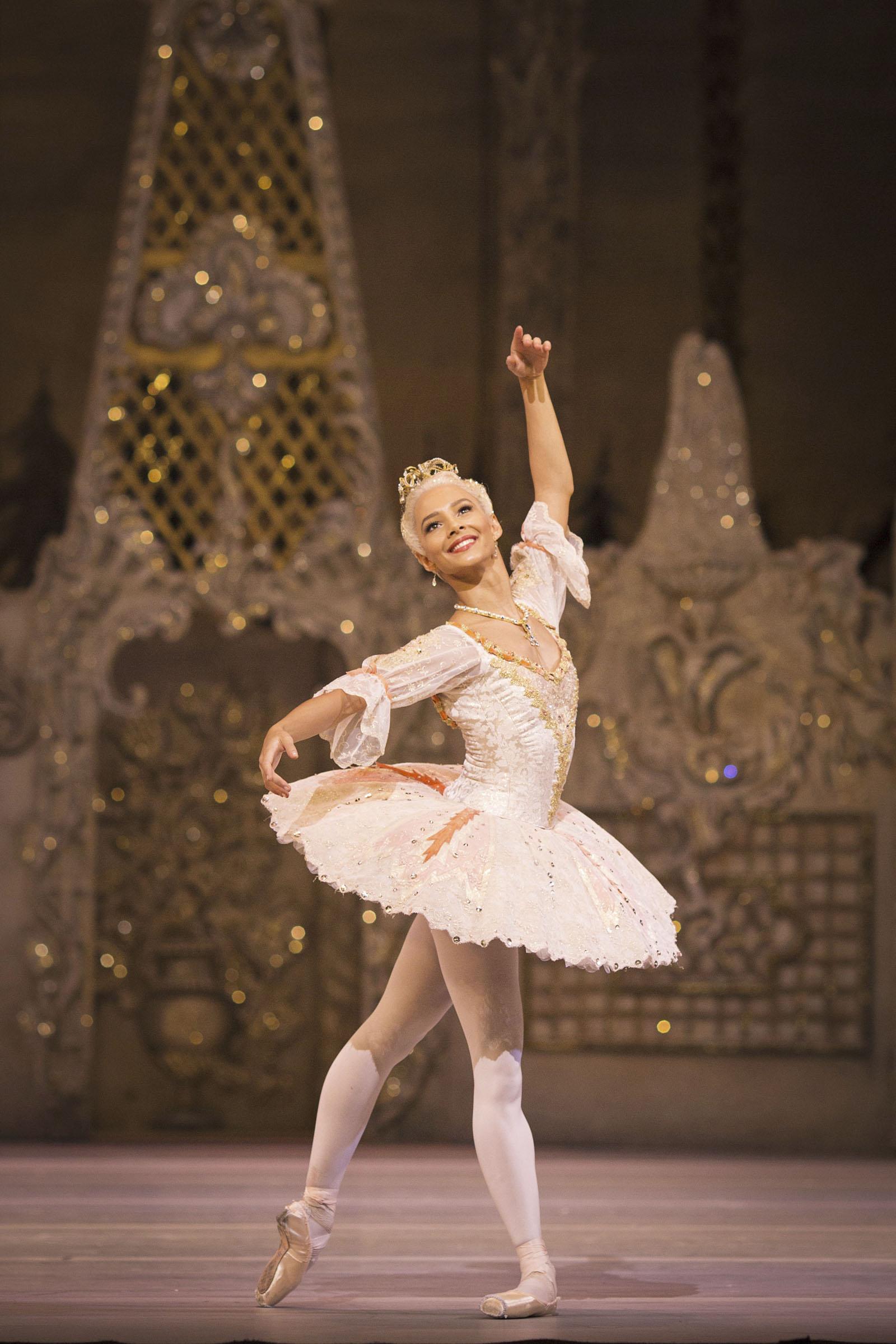 The Nutcracker – Francesca Hayward as the Sugar Plum Fairy