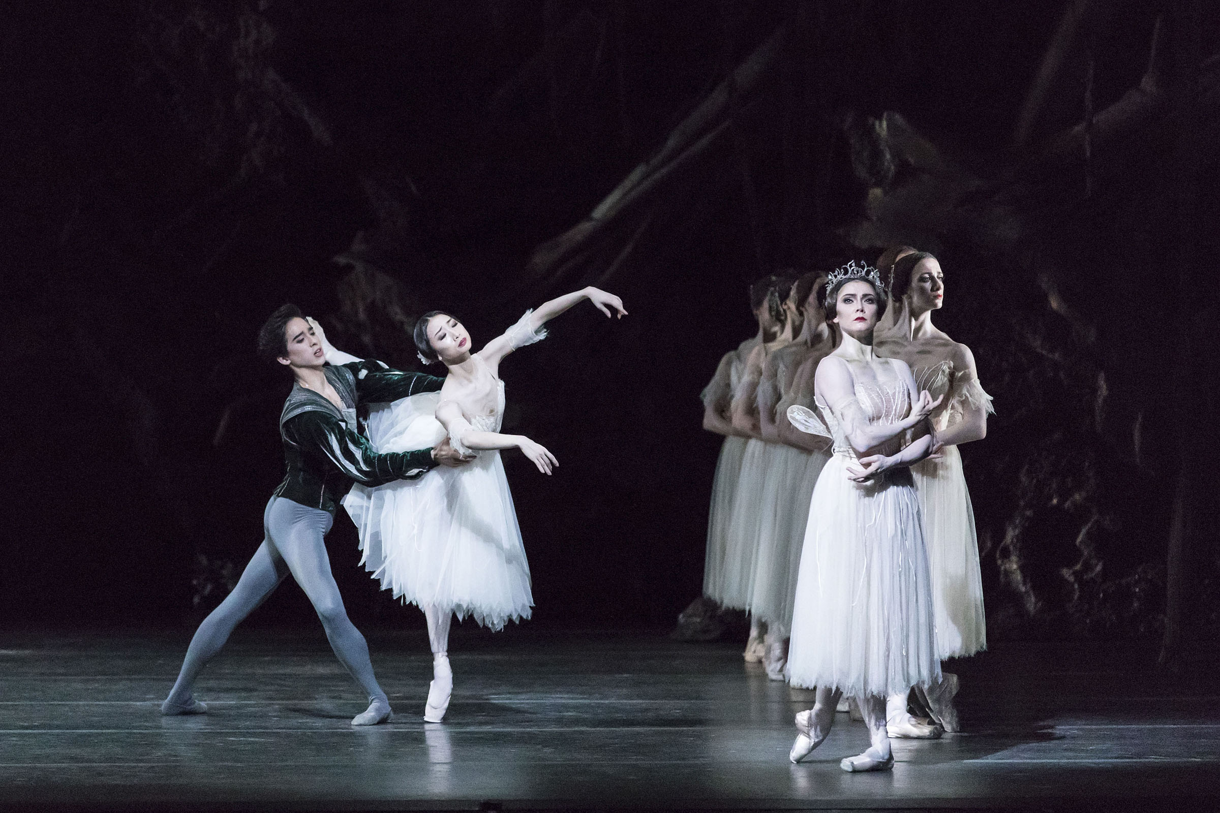 Benjamin Ella as Albrecht, Akane Takada as Giselle, Claire Calvert as Queen of the Wilis