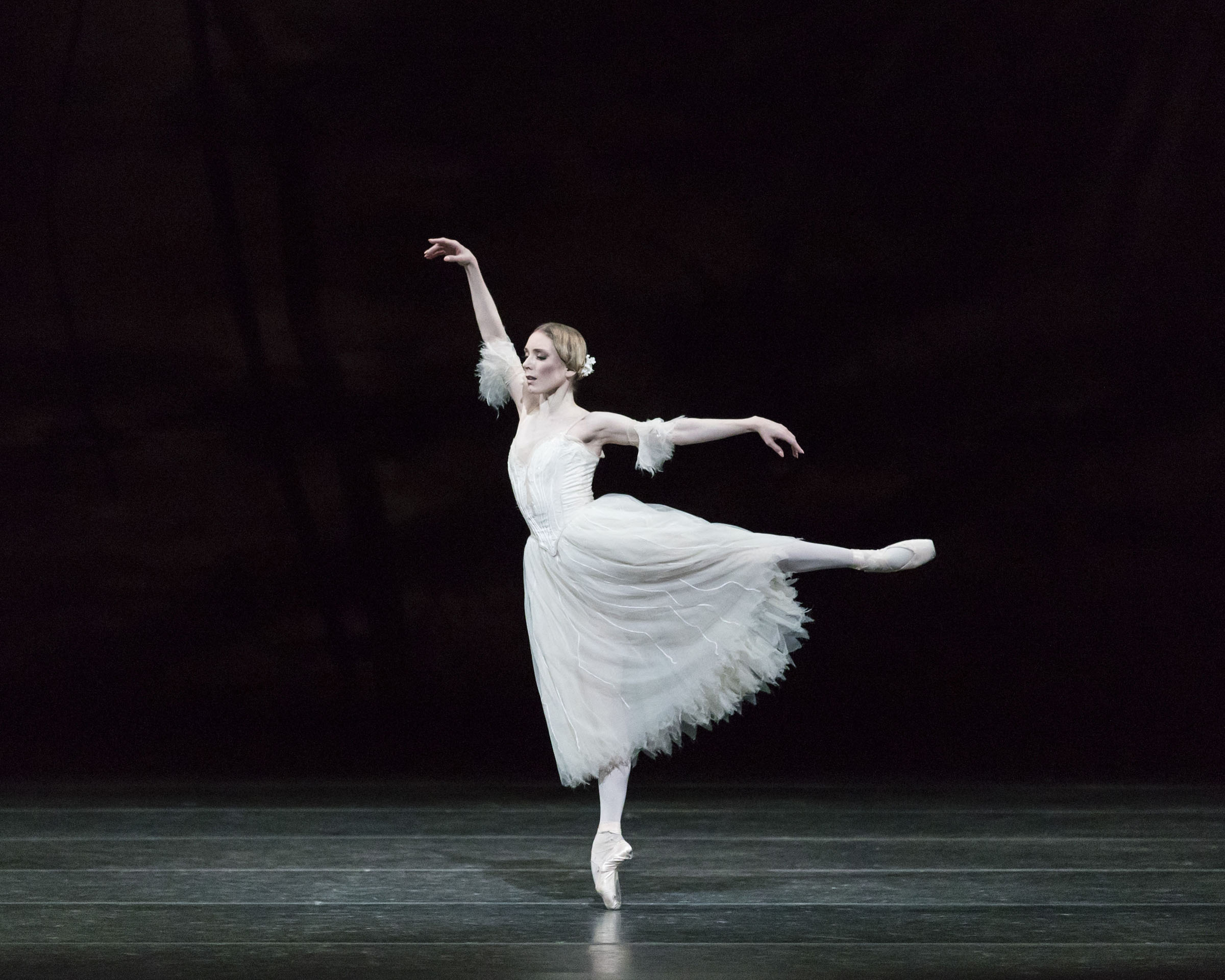 Sarah Lamb as Giselle