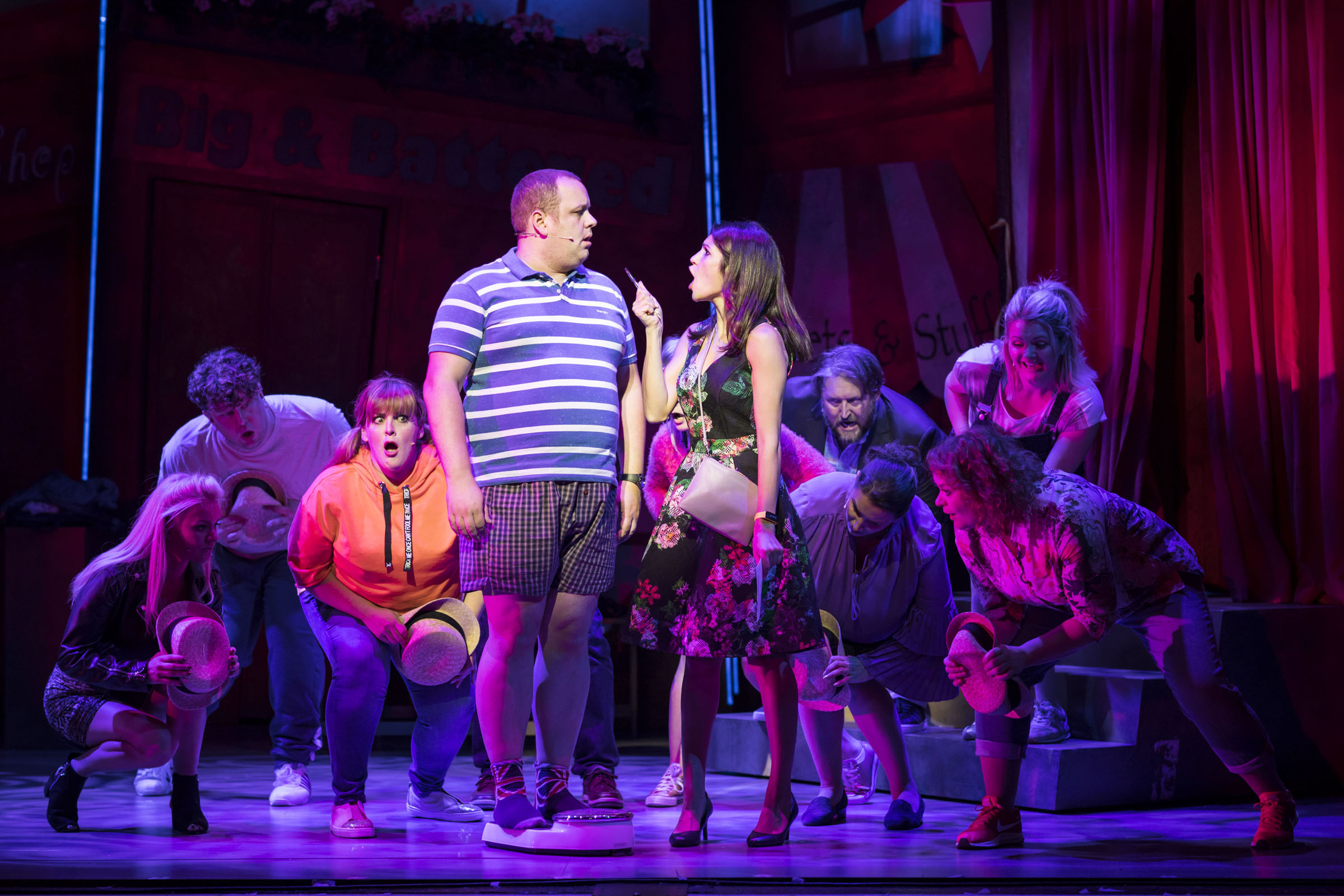Neil Hurst, Natalie Anderson and the cast of Fat Friends the musical