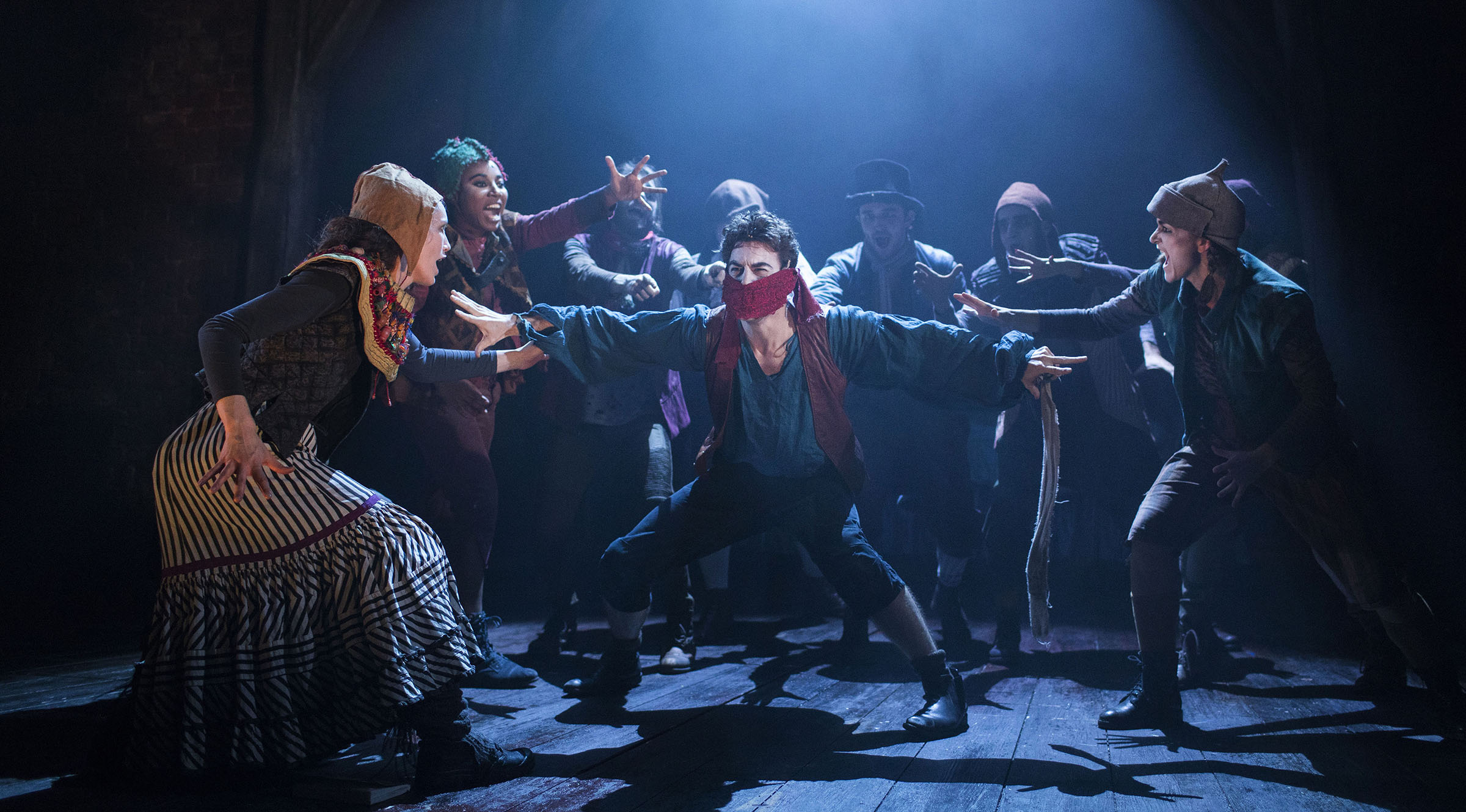 The Grinning Man production photography