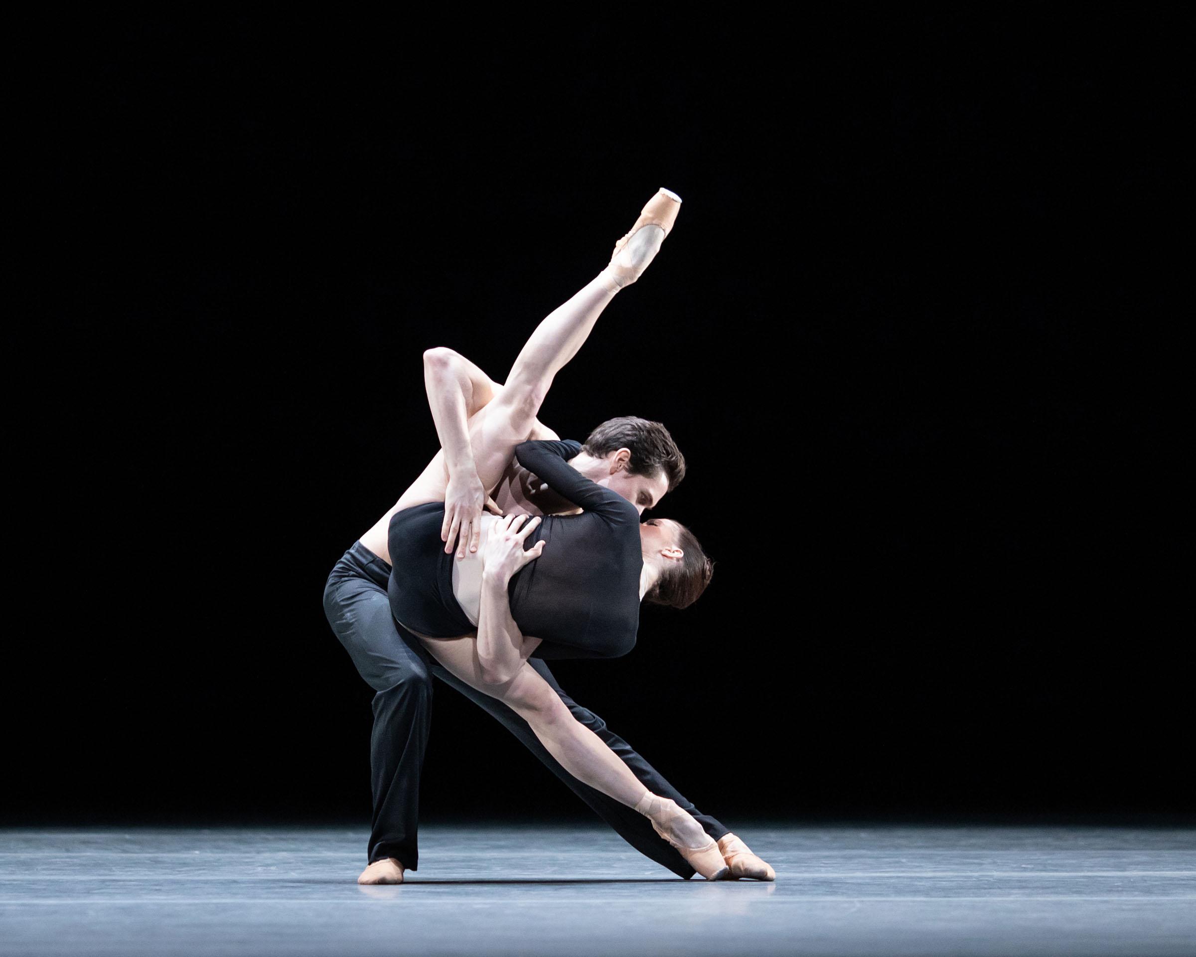 William Bracewell and Anna Rose O'Sullivan in Wayne McGregor's Infra, The Royal Ballet Season 2018/19