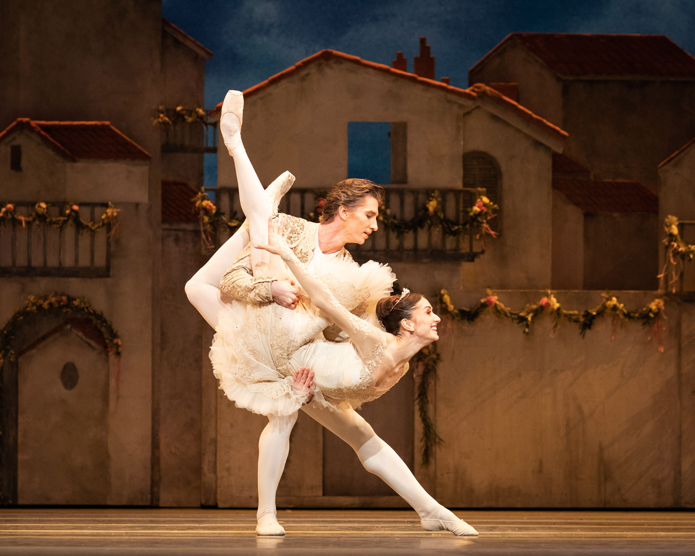 Vadim Muntagirov and Marianela Nunez in Don Quixote at the Royal Opera House.
