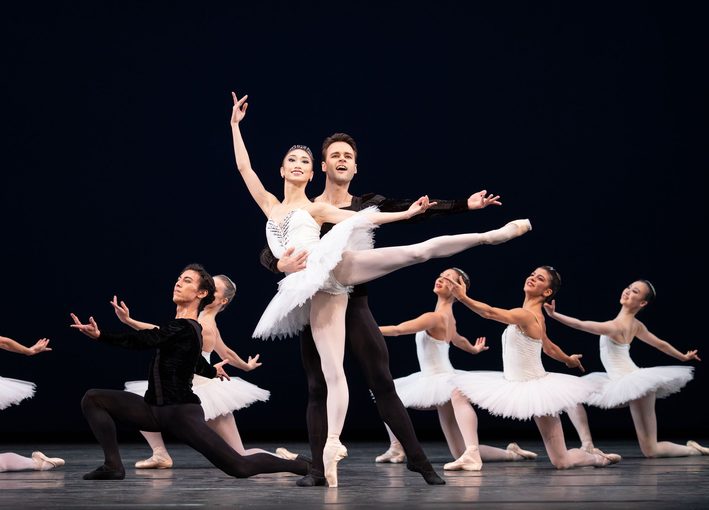 Akane Takada, Alexander Campbell and artists of The Royal Ballet in George Balanchine's Symphony in C