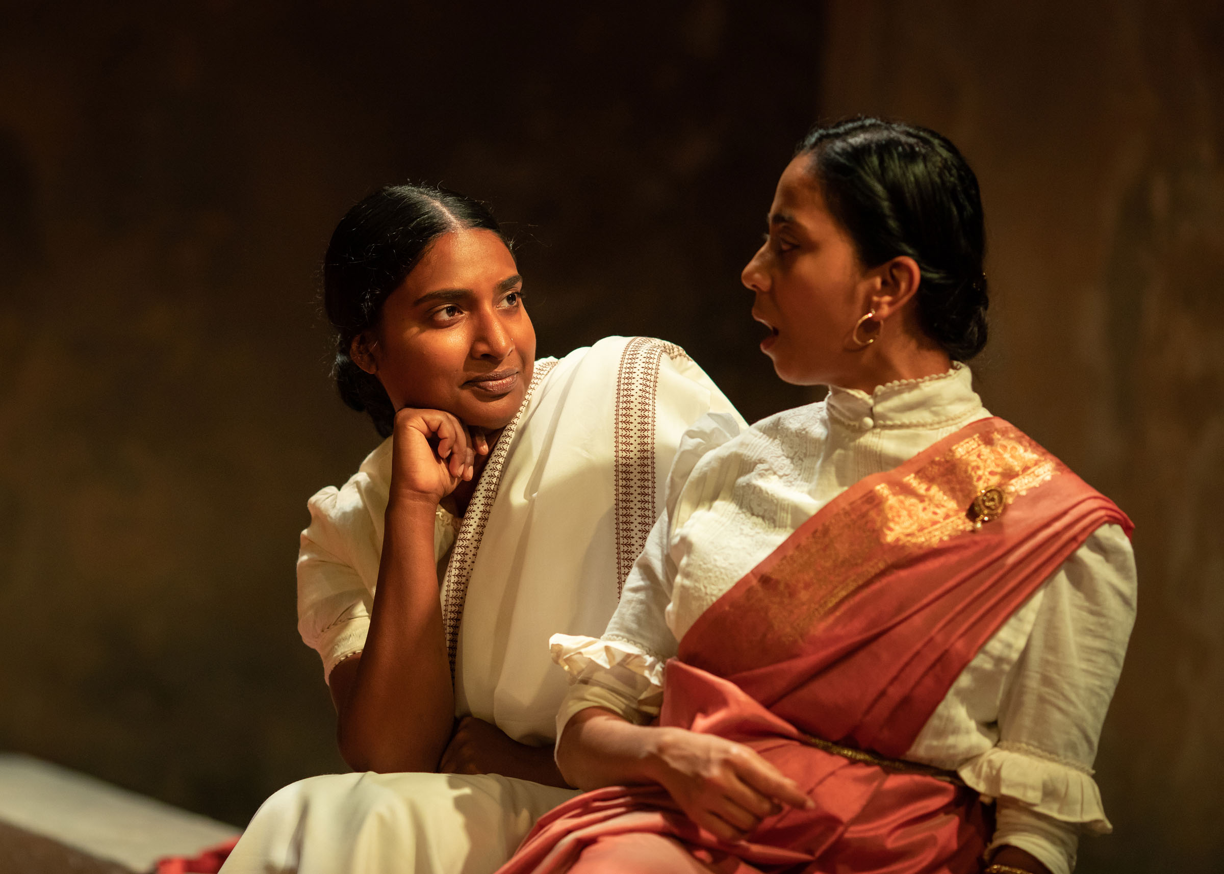 Tripti Tripuraneni as Mrs Lahiri and Anjana Vasan as Niru