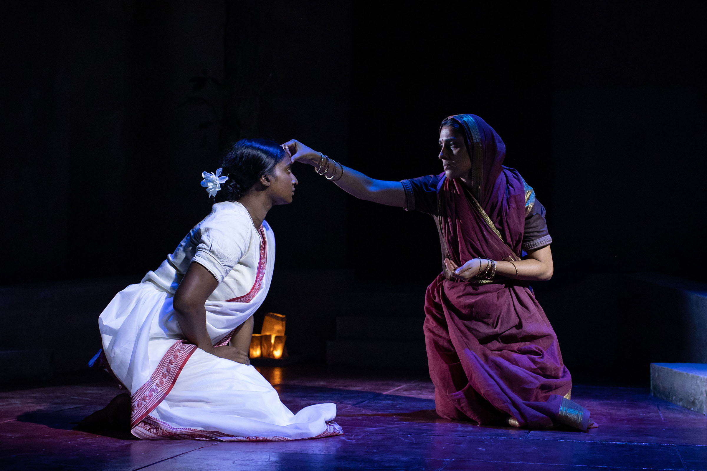 Tripti Tripuraneni as Mrs Lahiri and Arinder Sadhra as Uma