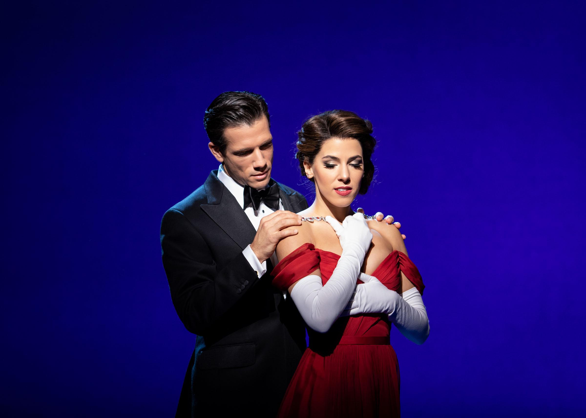Danny Mac (Edward Lewis) and Aimie Atkinson (Vivian Ward) in Pretty Woman