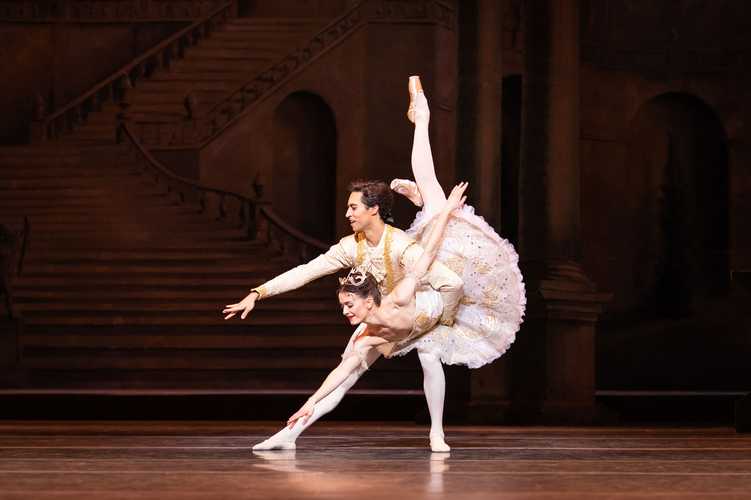 James Hay as Prince Florimund and Anna Rose O'Sullivan as Princess Aurora in The Sleeping Beauty