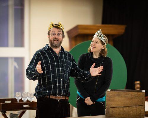 David Mitchell (William Shakespeare) and Gemma Whelan (Kate)