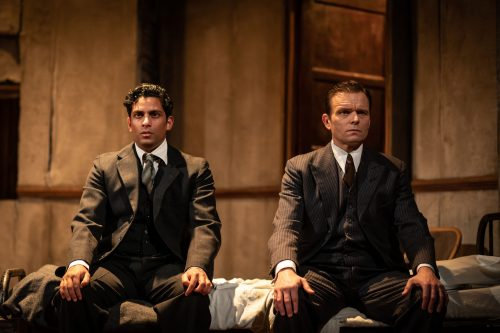 Shane Zaza as Gus and Alec Newman as Ben in The Dumb Waiter