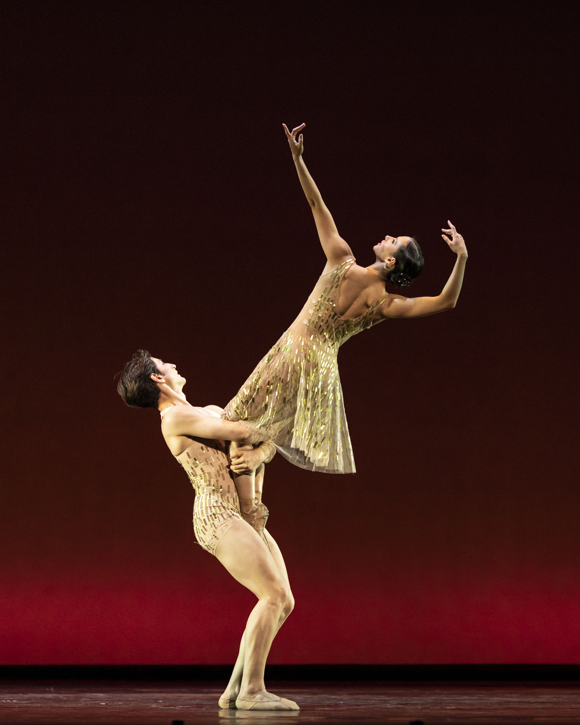 Valentino Zucchetti and Francesca Hayward in 'Within the Golden Hour' at The Royal Opera House