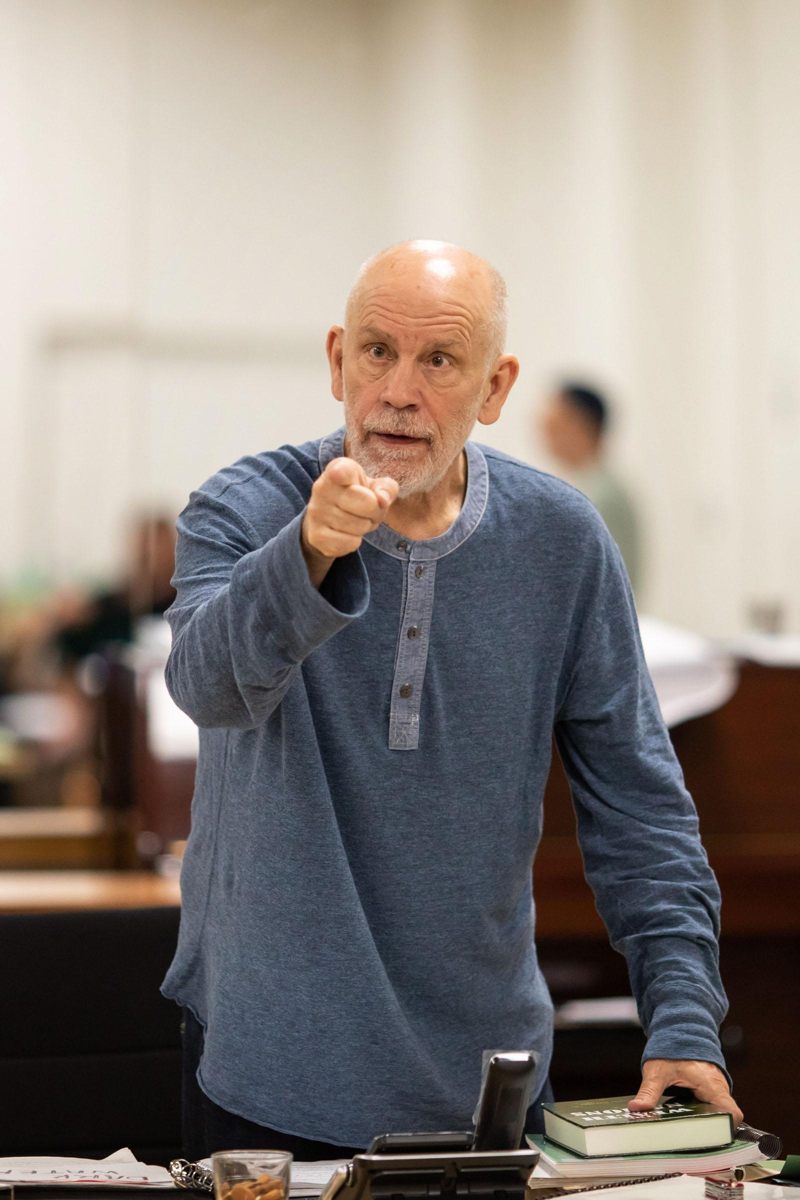 John Malkovich as Barney Fein. Theatre rehearsal photography by Helen Maybanks